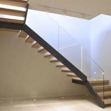 Лестница на металлокаркасе №16