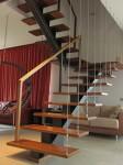 Лестница на металлокаркасе №04