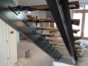 Лестница на металлокаркасе №17
