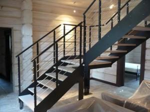 Лестница на металлокаркасе №03