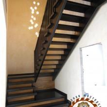 Деревянная лестница №03