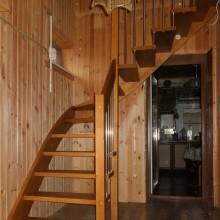 Деревянная лестница №10