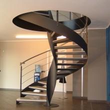 Лестница на металлокаркасе №15